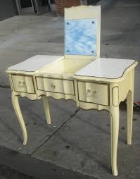 uhuru furniture u0026 collectibles sold french provincial chest