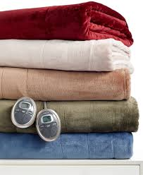 home accessories comfy heated throw blanket ideas