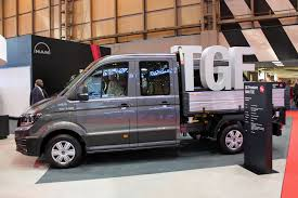 new volkswagen bus 2017 man tge van at the cv show 2017 parkers