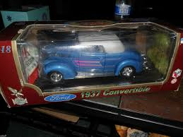 1 18 scale 1937 ford convertible blue mint car in ex box
