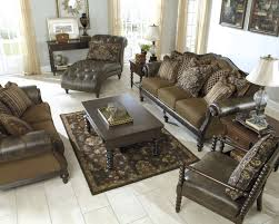 Claremore Antique Living Room Set 104 Best Vintage Casual Living Rooms Images On Pinterest Casual
