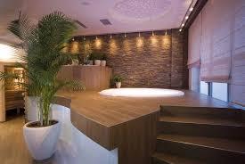 deco spa exterieur avoir un spa chez soi acheter un spa d u0027appartement