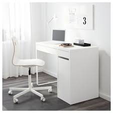 keep cables on desk micke desk white 105x50 cm micke desk desks and drawers