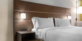 Comfort Inn St Charles Holiday Inn Express U0026 Suites Chicago West St Charles Hotel By Ihg