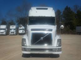 volvo 780 semi truck for sale 2004 volvo vnl670 for sale