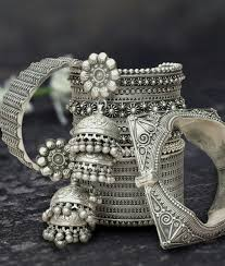 photo the skin ethnic looks indian jewelry and indian