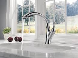 linden kitchen collection delta faucet
