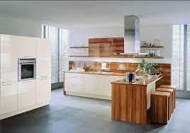 rösle offene küche offene küchen modern mit theke in hochglanz magnolie und weiß dekor