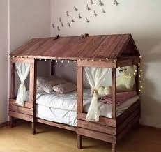 Cabin Bed Frame Cabin Style Bed Made With Pallets These Are The Best Pallet