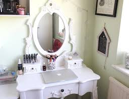 Wooden Girls Vanity Rectangle White Wooden Makeup Table With Drawer And Oval White