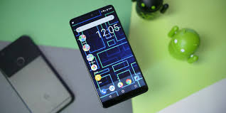 essential phone review android u0027s best hardware overshadowed by a