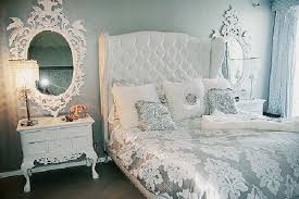 Silver Room Decor Choosing Silver Bedroom Décor For A Touch