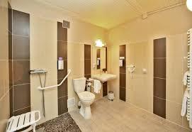 chambre d h e puy du fou hotel handicapé puy du fou