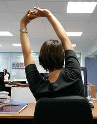 se muscler au bureau 5 façons de se détendre au travail se muscler au bureau