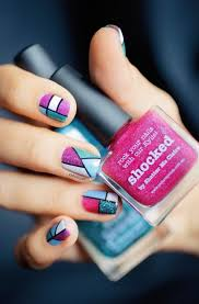 figuras geometricas uñas hermoso arreglo de uñas con diferentes formas geometricas