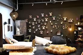 chambre bébé surface chambre bebe prune et taupe mobilier décoration
