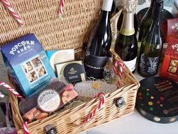 Travel Gift Basket Christmas Gift Idea Diy Treat Hamper Victoria U0027s Vintage