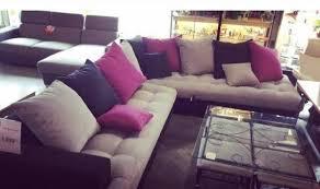 canape fushia grand canapé d angle gris avec touche de fushia mes occasions com