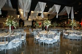 wedding decoration ideas for winter reception with luxury ceremony