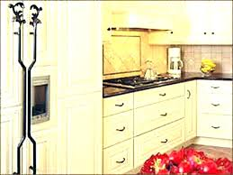 where to place knobs on kitchen cabinets cabinet door knob placement cabinet door knobs pictures of cabinet