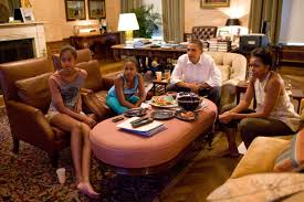 Oval Office White House The Obamas Images Of The First Family Over The Years