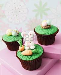 Easter Icing Decorations by Vanilla Cupcakes With Buttercream And Sweet Easter Themed