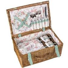 best picnic basket cath kidston picnic basket 65 best picknick images on