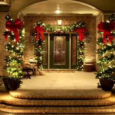 Unique Christmas Decorating Ideas 25 Unique Christmas House Decorations Ideas On Pinterest With