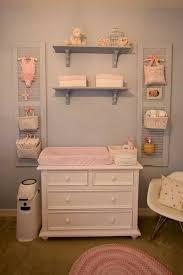 chambre bébé pratique commode à langer en 19 exemples superbes grande commode