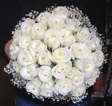 wedding flowers liverpool beautiful simple and chic akito diamante and