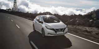 nissan leaf reviews nissan leaf price photos and specs car nissan leaf review carwow