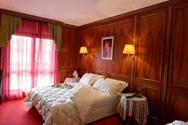 hotel relais du foyer hotel relais du foyer chã tillon â comparez les offres