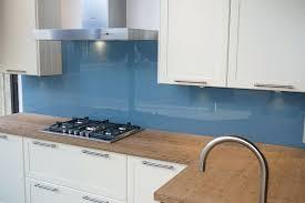 küche wandschutz kuche wandschutz moderne glas kchenrckwand designs bieten