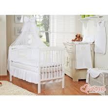 chambre bébé blanche pas cher parure lit bébé pas cher complète blanche couronne 12 pièces