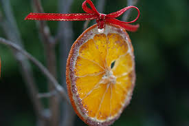 15 clever diy tree ornaments