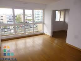 location appartement 2 chambres appartement 2 chambres à louer à la roche sur yon 85000 location