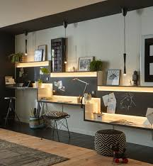 travailler dans les bureaux l éclairage des bureaux indispensable pour bien travailler