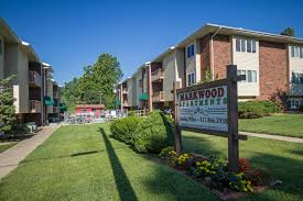 2 bedroom apartments in springfield mo markwood apartments the wooten company