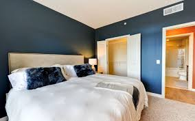 1 Bedroom Plus Den Meaning The Beacon Clarendon Luxury Apartments In Arlington Va