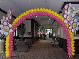 winter wonderland theme balloon decor for a boston bar balloons