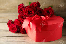 valentine roses table images u0026 stock pictures royalty free
