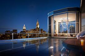 buiten zwembad one57 winter garden penthouse usa new york