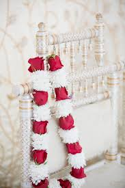 garland indian wedding i don t like the alternating colors of this wedding haar design