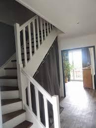 escalier peint en gris lovely moderniser escalier en bois 4 12 idées pour relooker son
