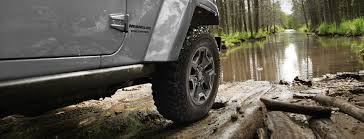 2017 jeep wrangler unlimited performance features