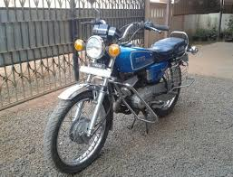 restoration of a 1989 yamaha rx100 by an 18 year old