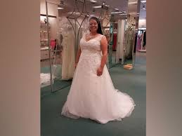 wedding dress donation carolina searches for wedding dress husband mistakenly