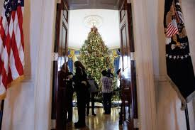 spectacular christmas trees from warsaw to the white house photos