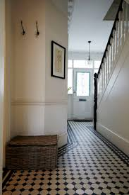 Tile Designs For Bathroom Floors Best 25 Tiled Hallway Ideas Only On Pinterest Victorian Hallway