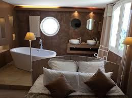 chambre hote rhone la bastide perchée chambres d hôtes de charme venelles